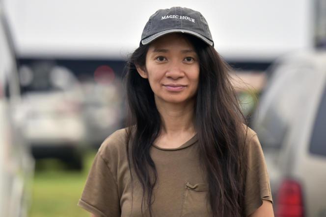 La réalisatrice Chloé Zhao lors de la projection de son film «Nomadland»dans un drive-in, le 11 septembre 2020, à Pasadena, en Californie.