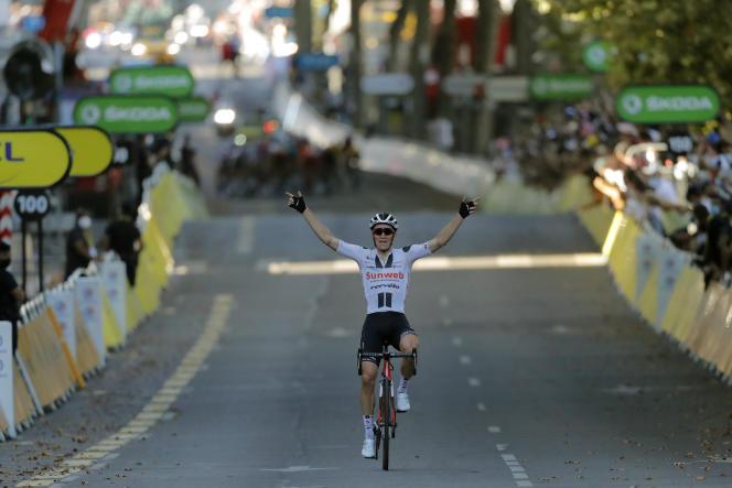 Derrière Soren Kragh Andersen, vainqueur en solitaire de la 14e étape, les rescapés d'une journée passée tambour battant.