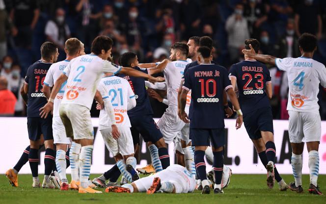 La bagarre générale en fin de match a illustré la frustration parisienne.