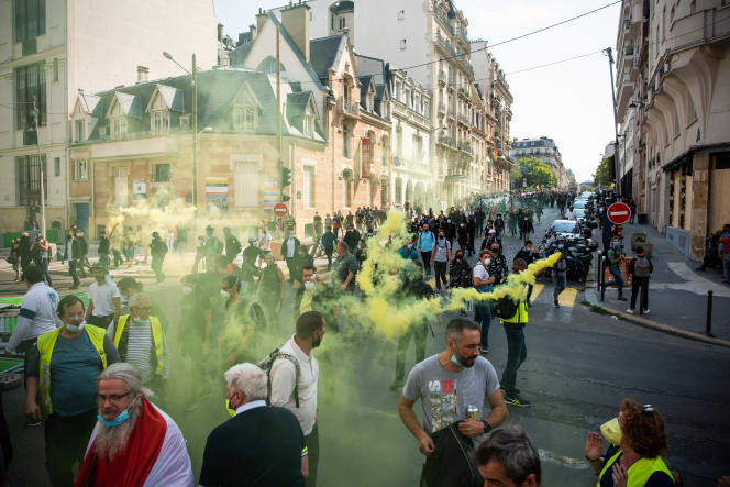 Près de 2 500« gilets jaunes» ont manifesté à Paris samedi 12 septembre selon le ministère de l'intérieur.