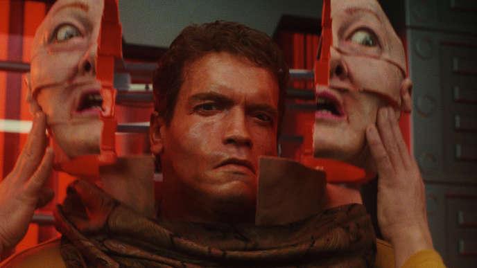 Arnold Schwarzenegger dans«Total Recall» (1990), dePaul Verhoeven.