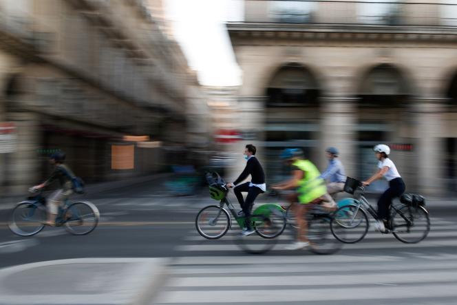 Dans la rue Rivoli, Paris, le 14 septembre 2020.