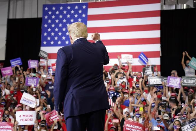 Donald Trump et ses partisans lors d'un meeting de campagne à Henderson (Nevada), dimanche13septembre.