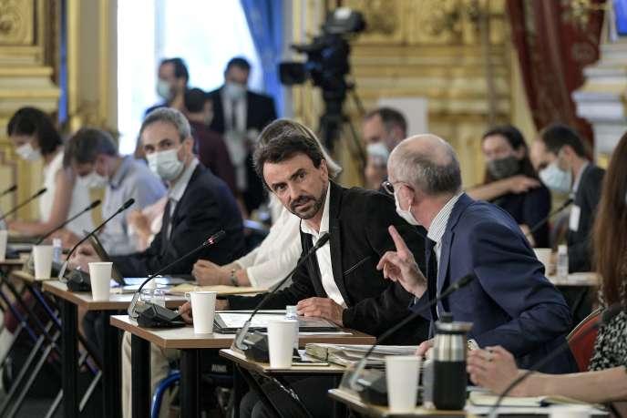 Conseil municipal à Lyon avec le nouveau maire EELV Grégory Doucet, le 10 septembre.