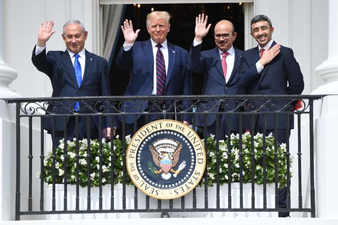 Donald Trump, Benyamin Nétanyahou, Abdullatif Al-Zayani, et Abdullah Ben Zayed Al-Nahyane, mardi 15 septembre à la Maison Blanche.