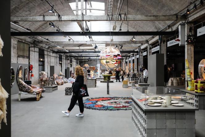 Exposition «La manufacture : a labor of love», à la gare Saint-Sauveur.