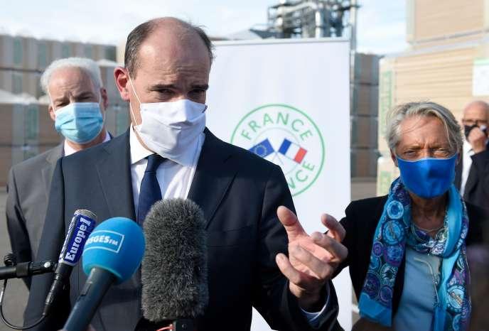 Le premier ministre Jean Castex lors de la visite de l'usine Pavatex à Golbey (Vosges), le 3 septembre 2020.
