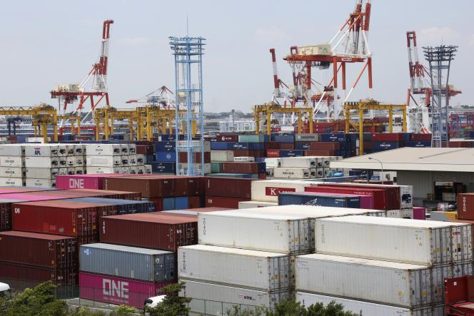 Au port de Yokohama, au sud de Tokyo, le 17 juin.