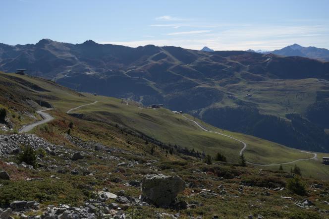 Les pentes impressionnantes du col de la Loze, dans le massif de la Vanoise.