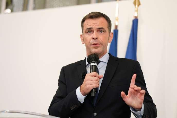 Le ministre de la santé, Olivier Véran, lors de sa conférence de presse au ministère, jeudi 17 septembre, à Paris.