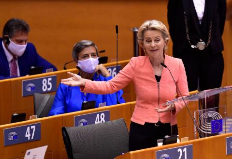 European Commission President Ursula von der Leyen speaks during a plenary session at the European Union Parliament in Brussels on September 16, 2020. / AFP / JOHN THYS