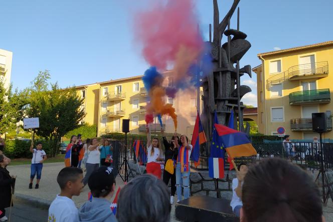 A Décines-Charpieu (Rhône), le 24 juillet 2020, devant le premier mémorial du génocide arménien érigé en France.