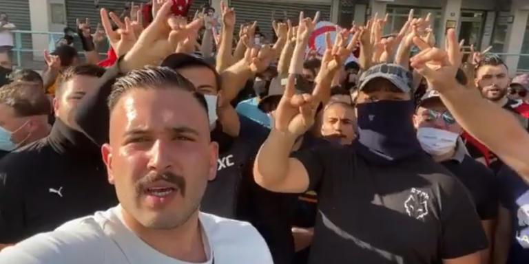 Ahmet Cetin, lors du rassemblement anti-arménien des Loups Gris fascistes turcs à Décines, le 24 juillet. Sur leurs vidéos on entend. «Je suis le commando turc» «Que le gouvernement me donne 2000 euros et une arme, et je ferai ce qu'il y a à faire, où que ce soit en France».