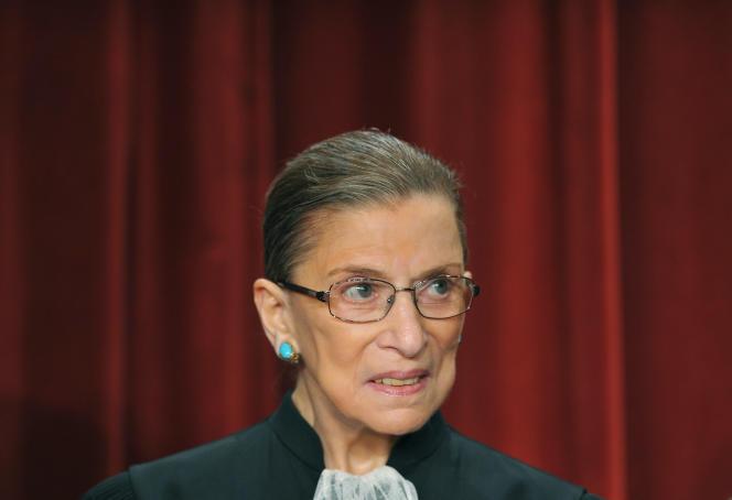 La juge Ruth Bader Ginsburg, à la Cour suprême, à Washington, le 29 septembre 2009.