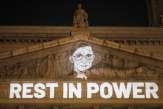 Aux Etats-Unis, la mort de Ruth Bader Ginsburg électrise la campagne présidentielle