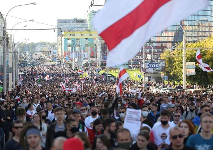Manifestation hebdomadaire à Minks, le 20 septembre.