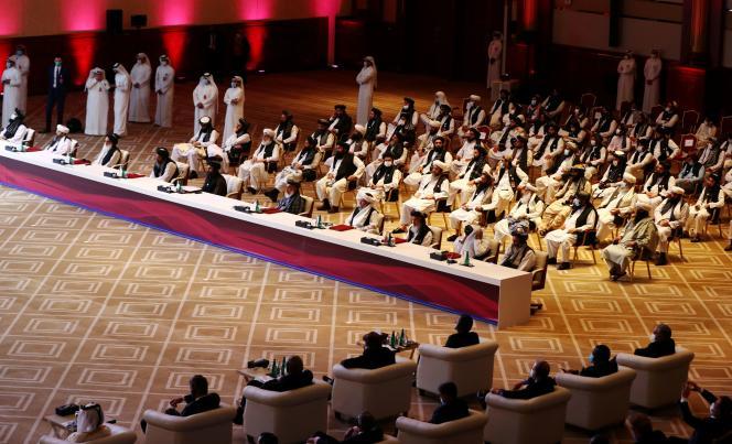 Lors des discussions interafghanes, à Doha, au Qatar, le 12 septembre.