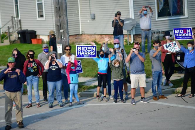 Des soutiens de Joe Biden pendant sa visite dans le Wisconsin, le 21 septembre.