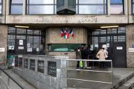 Devant la prison de Fleury-Mérogis (Essonne), en février.