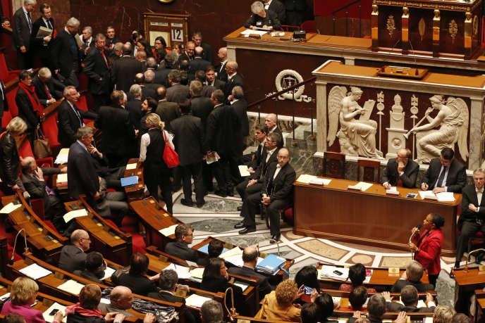 A l'Assemblée nationale, le 12 février 2013. Discours de Christiane Taubira,ministre de la justice, sur le mariage pour tous : les bancs de droite se vident.