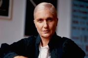 La directrice artistique Maria Grazia Chiuri, dans son bureau chez Dior, à Paris, le 3 septembre.