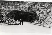 L'entrée du tunnel A de Dora, le 28 avril 1945.