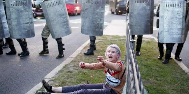 Biélorussie : à Minsk, la police procède à plus d'une centaine d'arrestations