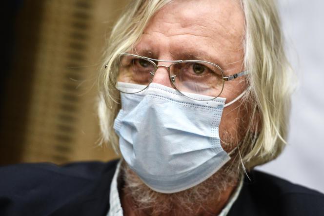Didier Raoult devant le Sénat, à Paris, le 15 septembre 2020.