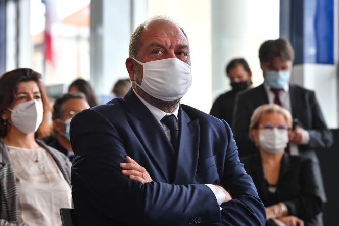 Le ministre de la justice Eric Dupond-Moretti, à Pontoise (Val-d'Oise), le 24 septembre