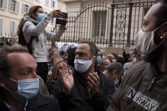 Manifestation de propriétaires de bars et restaurants à Marseille, le 25 septembre.