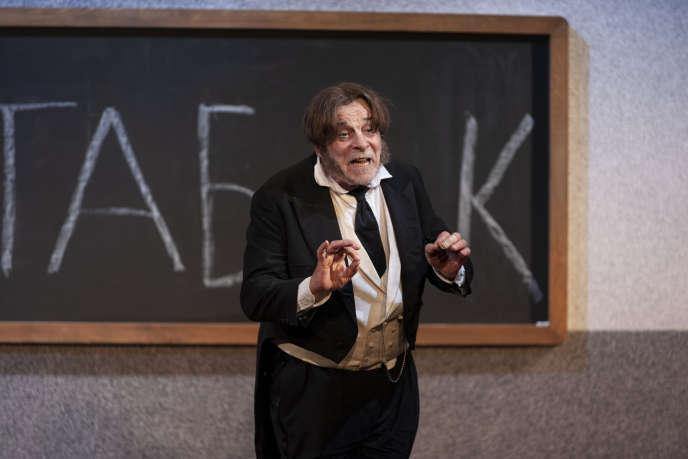 Jacques Weber dans« Crise de nerfs », une soirée avec trois courtes pièces de Tchekhov, mise en scène par Peter Stein. Le 18 septembre 2020, au Théâtre de l'Atelier, à Paris.