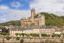 France, Aveyron (12), vallée du Lot, Estaing, labellisé les Plus Beaux Villages de France, étape sur le chemin Saint-Jacques-de-Compostelle