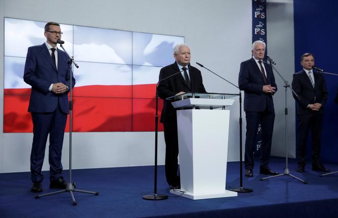 Premier Polski Mathews Moravich, Lider PiS Jaroslav Kaczyński, Lider Partii Accord Jaroslav Kovin oraz Minister Sprawiedliwości i Lider Partii Jedności Polski Zbigniew Ziobro w Warszawie 26 września 2020 r.