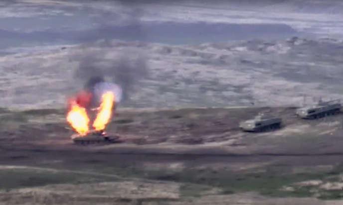 Affrontements dans la région du Haut-Karabakh, le 27 septembre. Image diffusée par le ministère de la défense arménien.