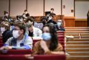 Cours de géographie dans l'Amphi 700 de l'Université Bordeaux Montaigne le 27 septembre 2020. La rentrée universitaire est marquée par l'épidémie de coronavirus qui entraine différentes mesures telles que le port du masque ou la distanciation sociale.