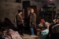 Des civils dans un abri deStepanakert, lacapitale de la république du Haut-Karabakh, le 28 septembre 2020.