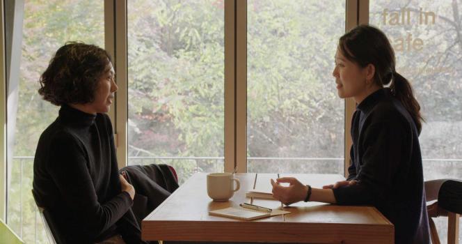 Kim Min-hee (Gam-hee, à gauche) dans«La Femme qui s'est enfuie», de Hong Sang-soo.