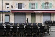 Une terrasse de restaurant fermée à Marseille, le 28 septembre.