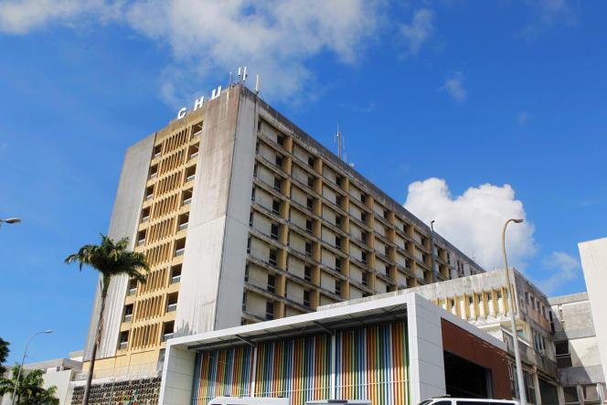 Le CHU de Pointe-à-Pitre, en Guadeloupe, le 24 septembre 2020.
