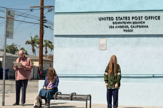 Richard Jenkins, Debra Wingeret Evan Rachel Wood dans « Kajillionaire»,de Miranda July.