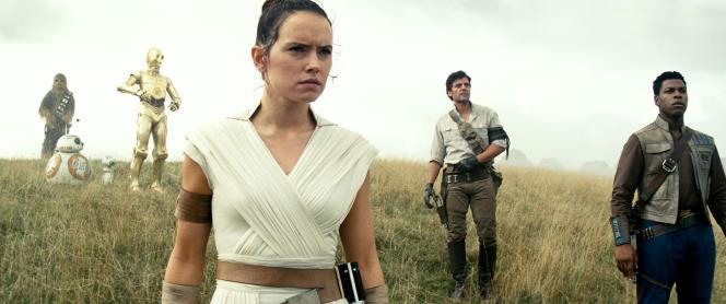 Daisy Ridley (au premier plan), dans«Star Wars: L'Ascension de Skywalker», de J.J.Abrams.