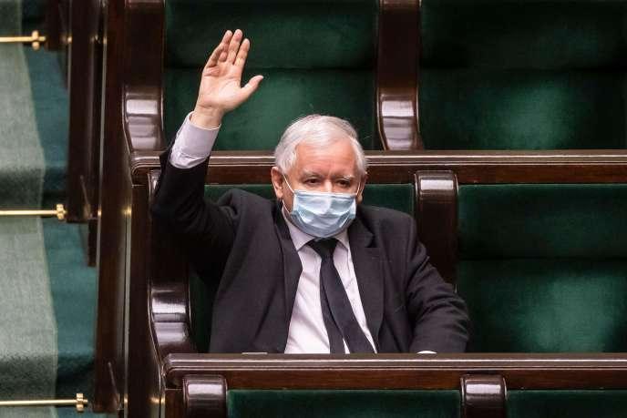Le chef de file du parti Droit et Justice (PiS), Jaroslaw Kaczynski, lors d'une session au Parlement polonais, le 7 mai 2020.