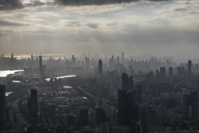 Shenzhen, Guangdong, le 27 septembre 2020. Vue de Shenzhen depuis le sommet de la tour de la compagnie d'assurance Pingan.
