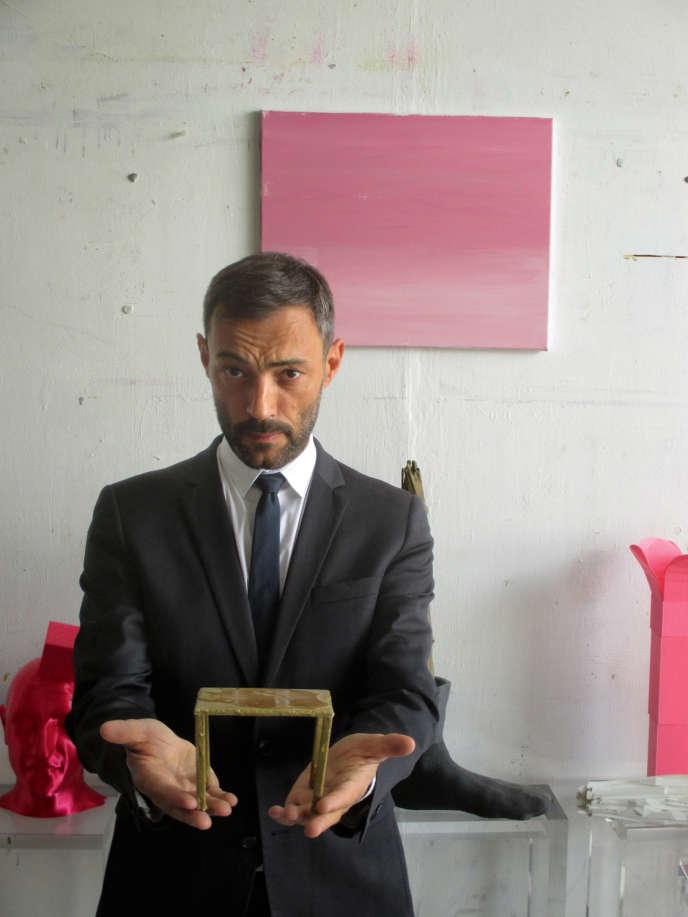 Jérôme Poggi figurant dans l'œuvre «Le Marchand», de Georges Tony Stoll (2017).
