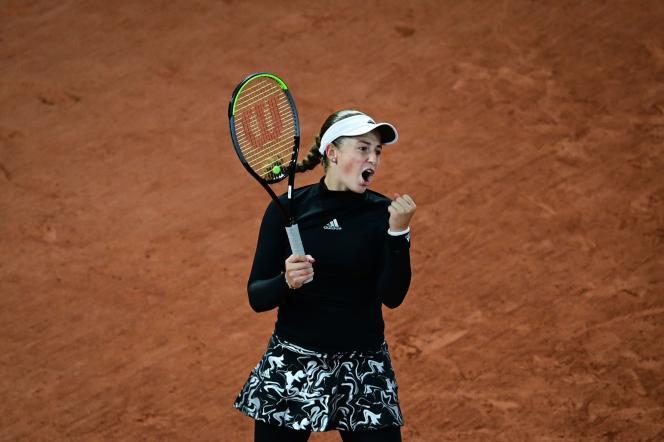 Jelena Ostapenko après sa victoire au 2e tour à Roland-Garros, le 1er octobre 2020