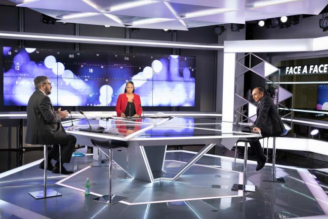 Mohamed Sifaoui, Christine Kelly et Eric Zemmour sur le plateau de l'émission« Face à l'info», sur la chaîne CNews.