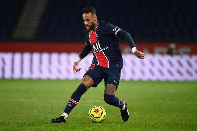 L'attaquant parisien Neymar s'est offert un doublé face à Angers, vendredi 2 octobre.