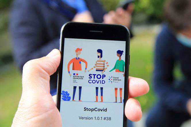 StopCovid, application mobile de recherche des contacts qui a été déployée en France le 2 juin, dans le cadre du premier déconfinement.