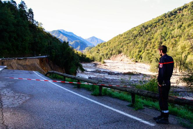 Le 3 octobre 2020, une partie de la route menant à Roquebillière a été emportée par la crue de la Vésubie.