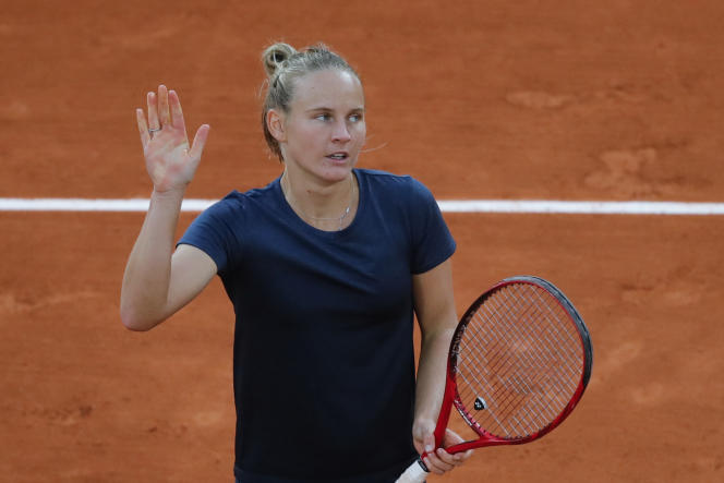 La Français Fiona Ferro après sa victoire au 3e tour à Roland-Garros, le 3 octobre 2020